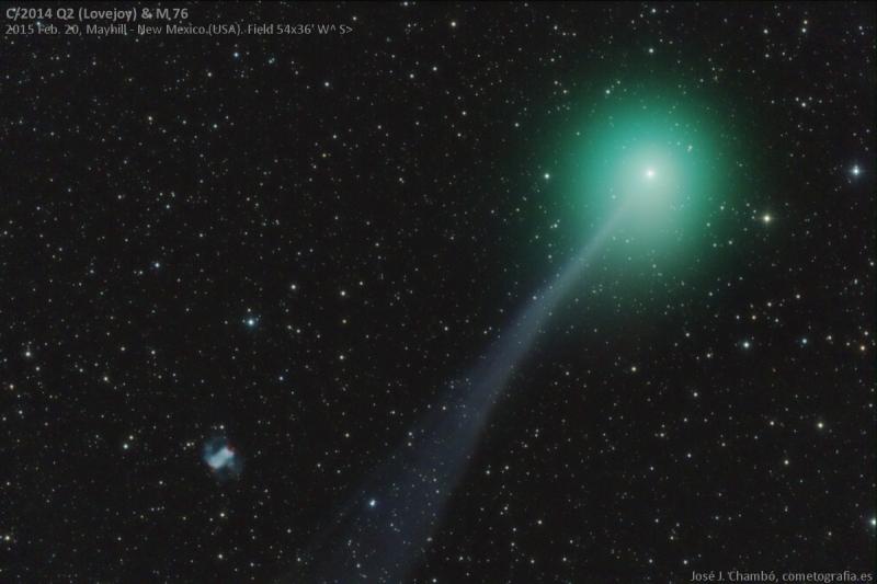 Lovejoy junto a la Pequeña Nebulosa Dumbbell
