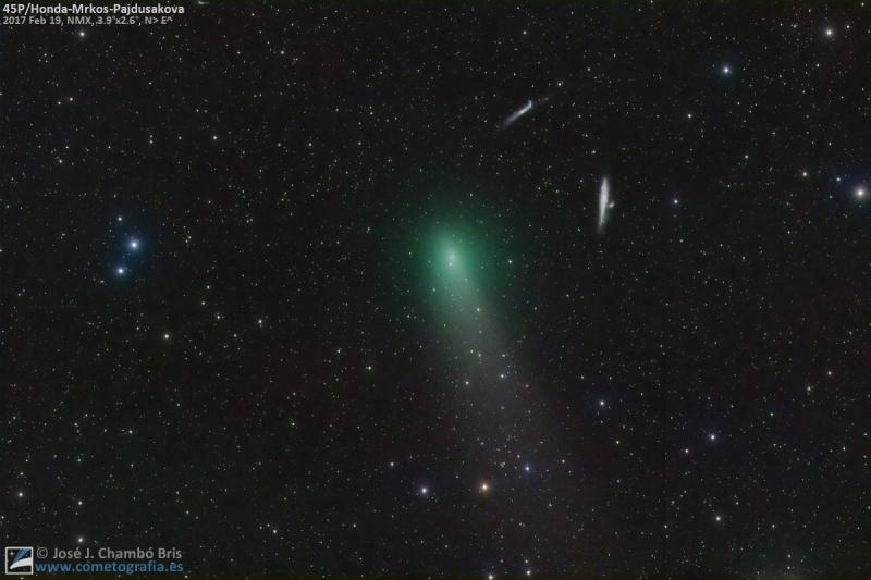 El cometa 45P navega en la oscuridad