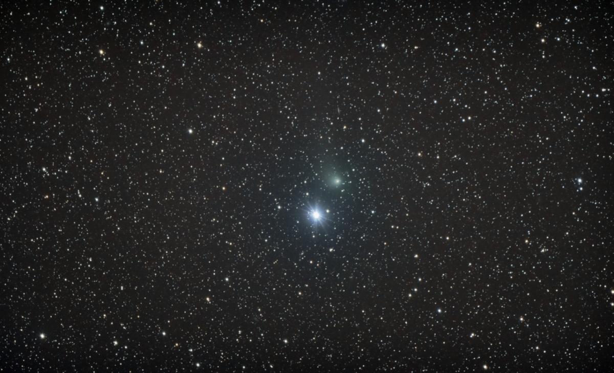 Cometa C/2015 V2 (Johnson)