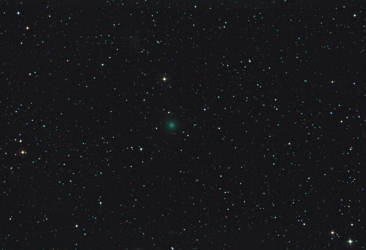 Cometa C/2016 U1 (NEOWISE)